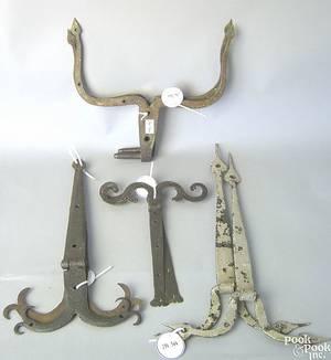 Pair of Pennsylvania wrought iron pintels 18th c