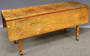 Country Classical Pine and Maple Dropleaf Dining Table