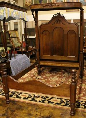 Walnut Victorian Quarter Tester Bed