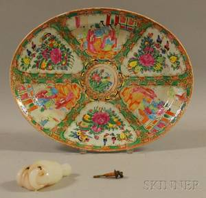 Chinese Export Porcelain Rose Medallion Pattern Oval Platter and a Chinese Jeweled Clambroth Glass Clinched Handform Scent Bottle