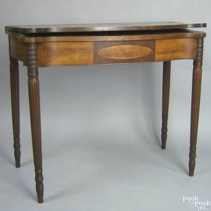Massachusetts Federal mahogany card table ca 1810