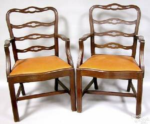 Set of 8 Philadelphia Chippendale style mahogany ribbonback dining chairs late 19th c
