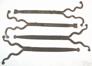 Two pair of Pennsylvania wrought iron hinges